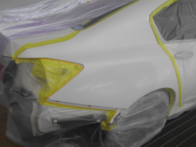 塗装の準備が出来ました、きちんとマスキングを行いゴミの少ない塗装を目指します。