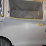 新型ヴォクシー パールホワイト 傷修理、塗装